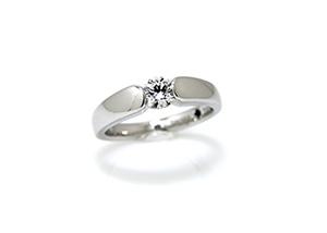 節が太い指に似合う指輪1